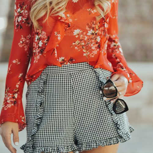 How to Pattern Mix Like a Pro! Mix patterns and colors in confidence in 3 easy steps!