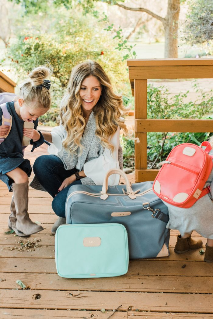 Tips for Holiday Traveling with Kids