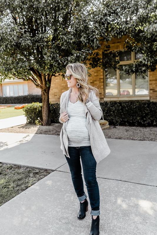 motherhood maternity third trimester outfits